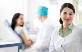 enfermeira-em-um-consultorio-medico_1098-511